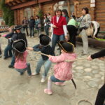 tug-of-war-kids-pirates.jpg